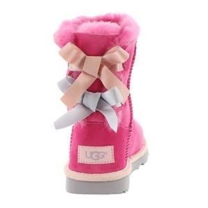 COPY - UGG girl boots size 13